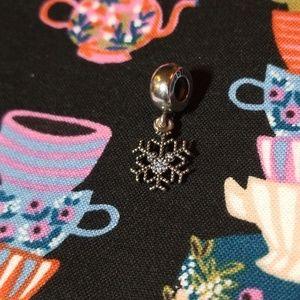Mickey's Sparkling Snowflake Pandora Charm
